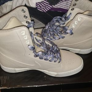Nike High Top boots